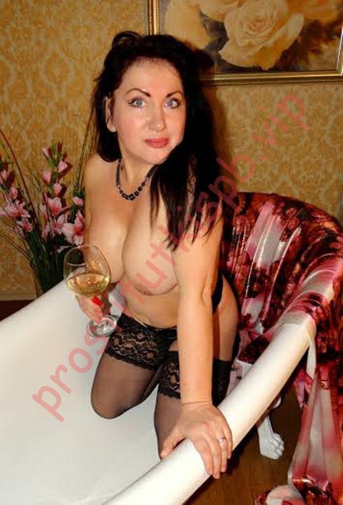 Фото проститутки СПб по имени Юлия +7(931)969-55-46