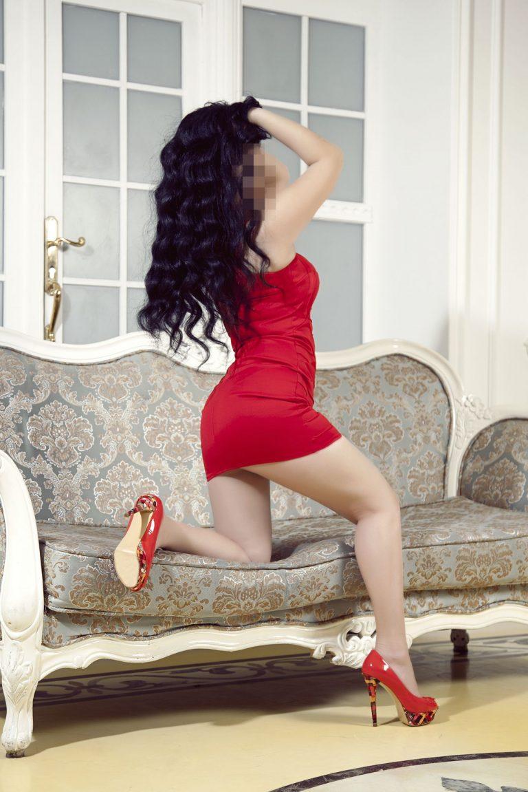 Индивидуалки в петербурге мадонна проститутка
