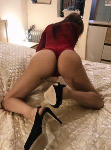 Фото проститутки СПб по имени Ирина +7(931)008-87-25