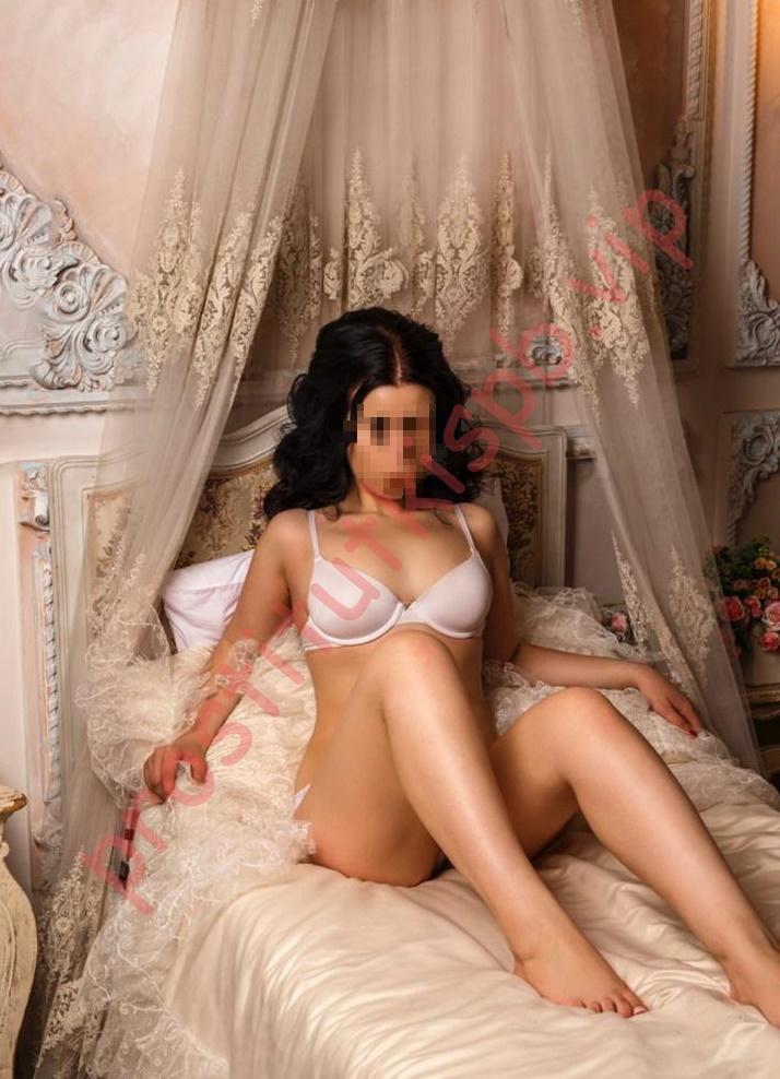 Фото проститутки СПб по имени Кристина +7(921)423-62-03